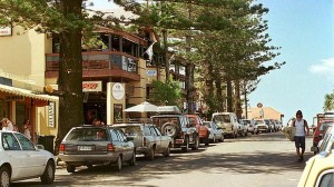 Shopping-in-Byron-Bay
